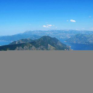 Boka kotorská při pohledu z národního parku Lovćen