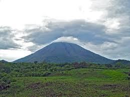 Sopka Concepcion na ostrově Ometepe, Nikaragua