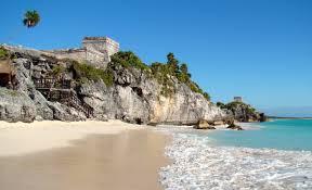 Pláž v mexickém Tulumu, Mexiko