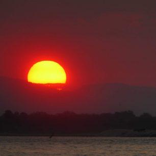 Západ slunce, Selous, Tanzánie